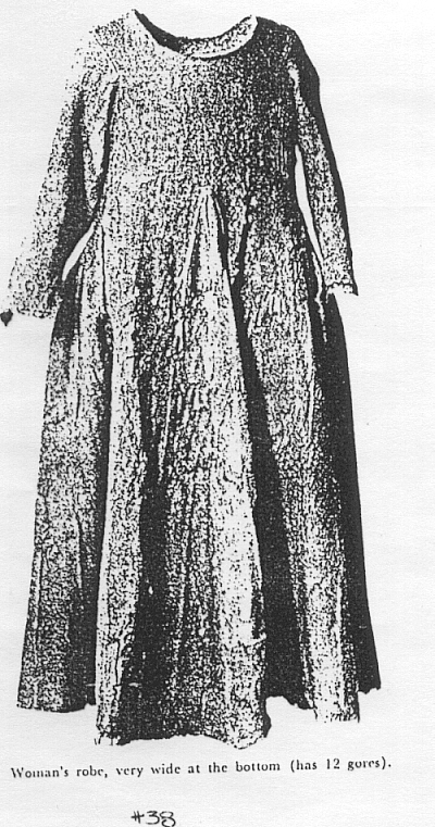 Dame Helen Cotehardies From Greenland Gowns Evidence